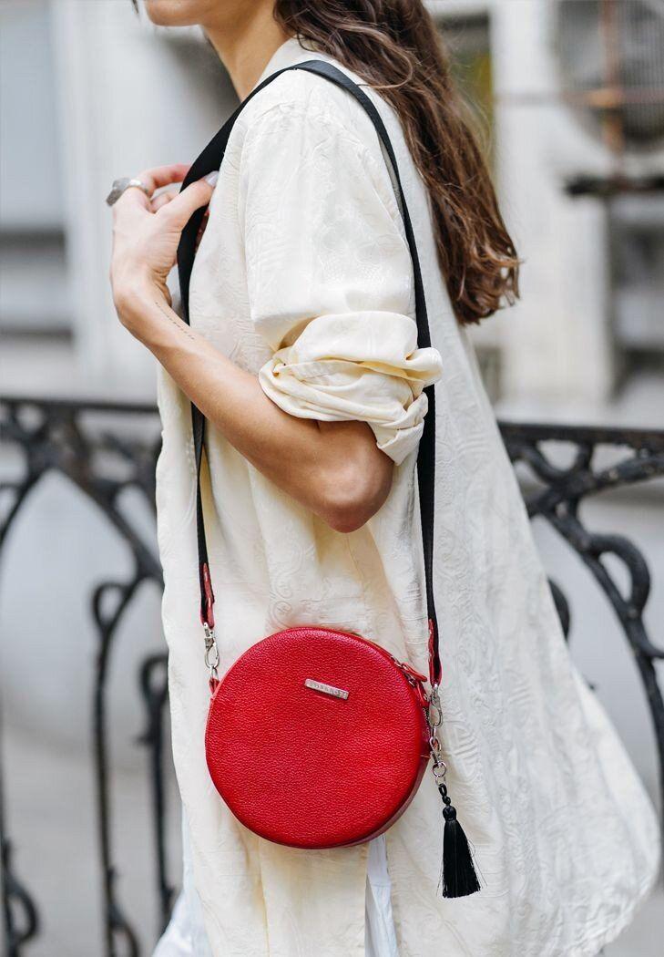 Покупаем модные женские сумочки